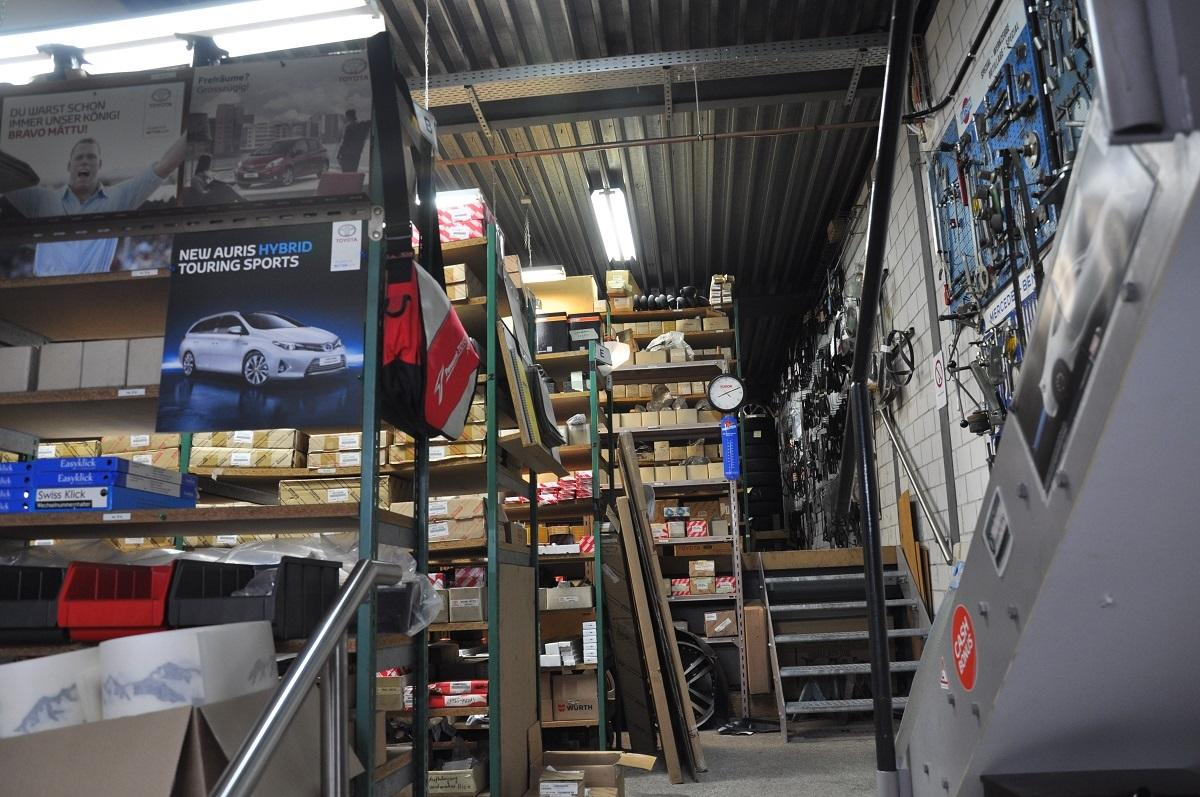 Garage_Joerg_Ersatzteillager_4