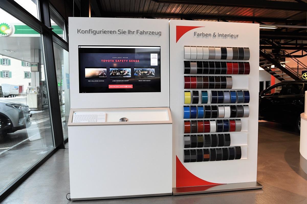 Garage_Joerg_Neuwagenausstellung_18